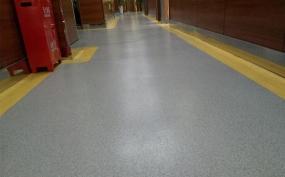 郑州塑胶地板哪家好