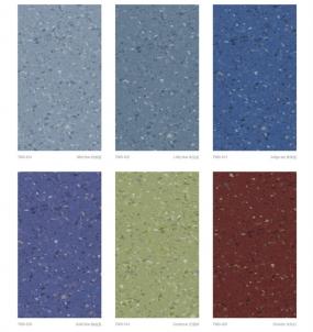 PVC塑胶地板有异味就是不环保?