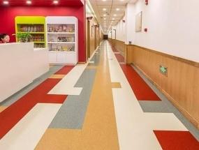要防止PVC地板铺装不平应该怎么做呢?