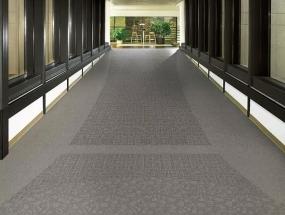 为什么pvc塑胶地板装修完会这样?